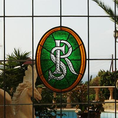 DEKORATIVNÍ GEOMETRICKÁ VITRÁŽ, KYPR - NIKÓSIE, REALIZACE 2010